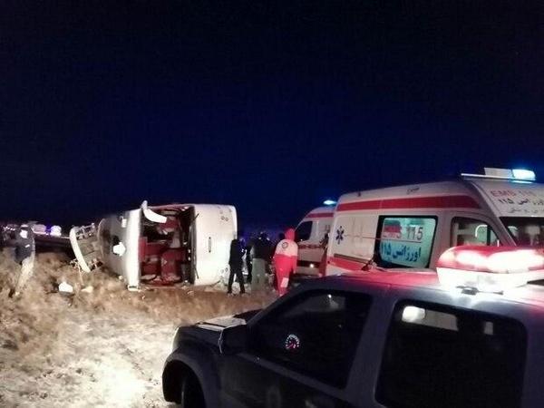 ۴ کشته و ۲۵ زخمی در حادثه واژگونی اتوبوس